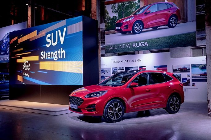 2019_FORD_GOFURTHER_4_AT_THE_SHOW-164е.jpg
